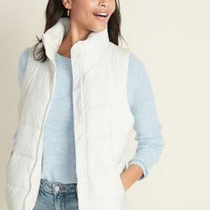 Old Navy Zip Up Cream/White Puffer Vest